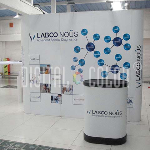 Wall Pop Up 3X3 Straight Skyline Backing Publicitario frente